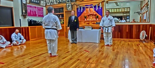 Angel Arenas recibe en Japón su 5º DAN de Uechi Ryu