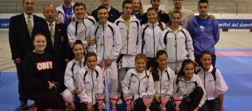 10 medallas para el CD Arenas en el Campeonato de Asturias Cadete, Junior y Sub-21 de karate